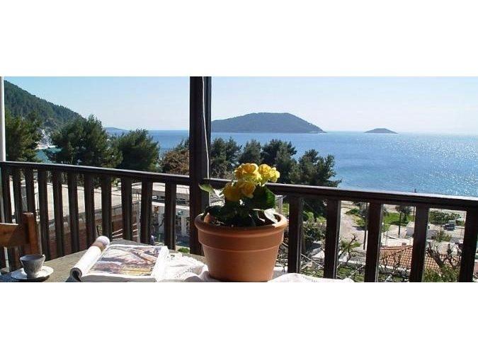 Rooms to let in Skopelos